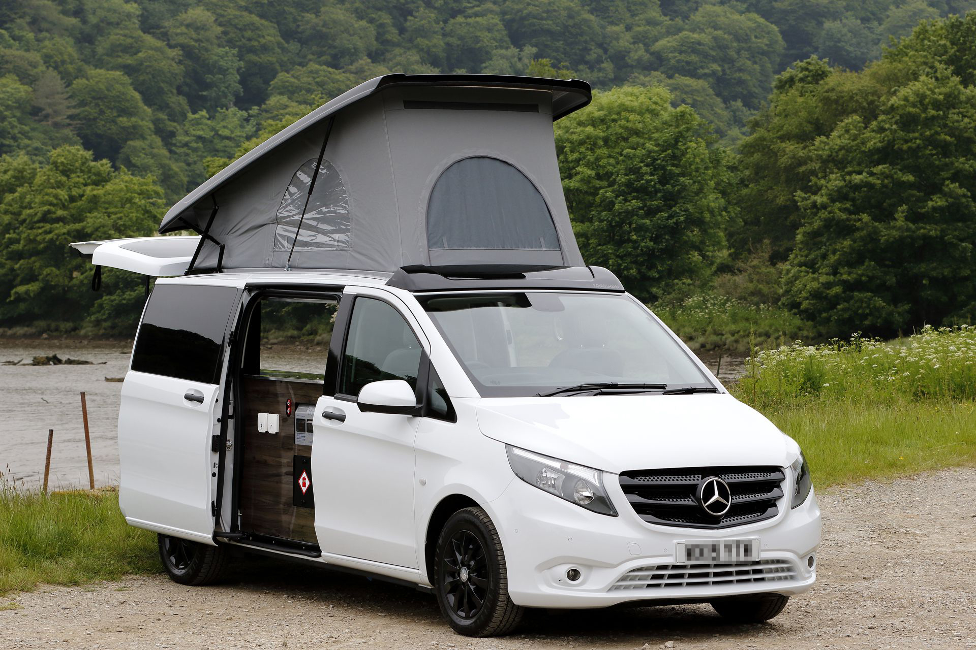 bespoke mercedes vito camper conversions ai campers. Black Bedroom Furniture Sets. Home Design Ideas